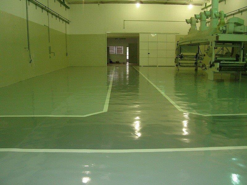 Tinta epóxi para piso industrial preço