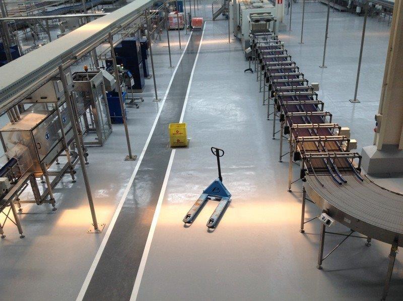 Distribuidores de piso industrial