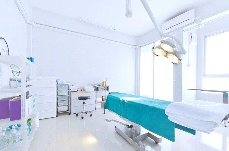 Piso condutivo hospitalar